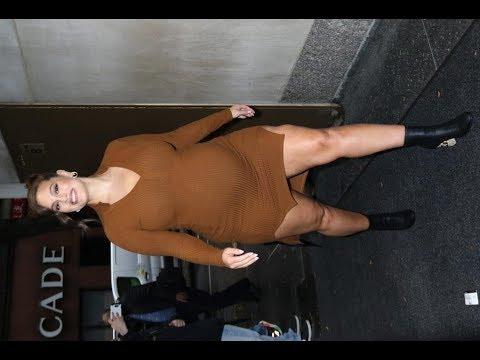 ✅  Папарацци сделали фото массивного целлюлита на теле беременной Эшли Грэм
