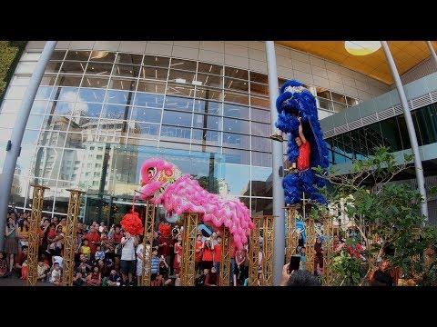 CNY2019 大年初一 ~ Acrobatic Lion Dance (múa lân 高桩舞獅表演) by KL Kun Seng Keng 关圣宫@ IPC (5/2/2019) 4K UHD