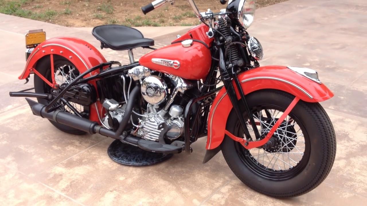 Harley Davidson: 1947 Harley Davidson FL Knucklehead Running