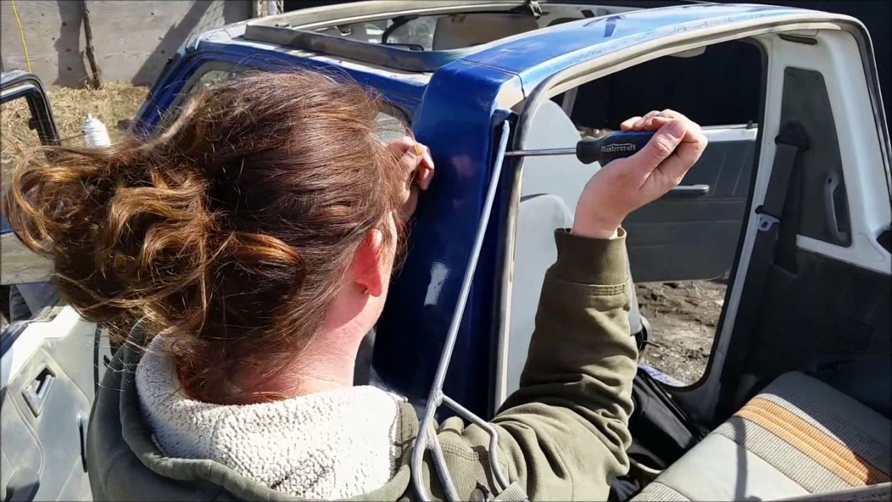 How To Switch A Tracker Soft Top To A Hard Top Kimberly Shows You