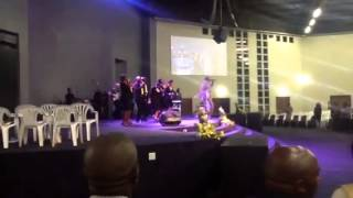 "Pastor SOLLY ""OBRIGADO"" MAHLANGU - Siyabonga Jesu"
