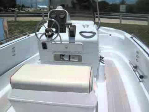 2002 triumph 19 youtube rh youtube com Triumph Fishing Boats 17' Triumph Boat