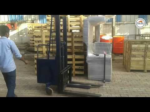 BATTERY OPERATED FORK LIFT Machine From Conair