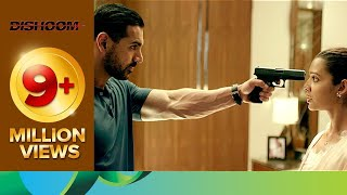 vuclip John gets betrayed by his girlfriend | Dishoom | Movie Scene