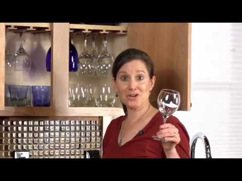 How to Store Wine Glasses