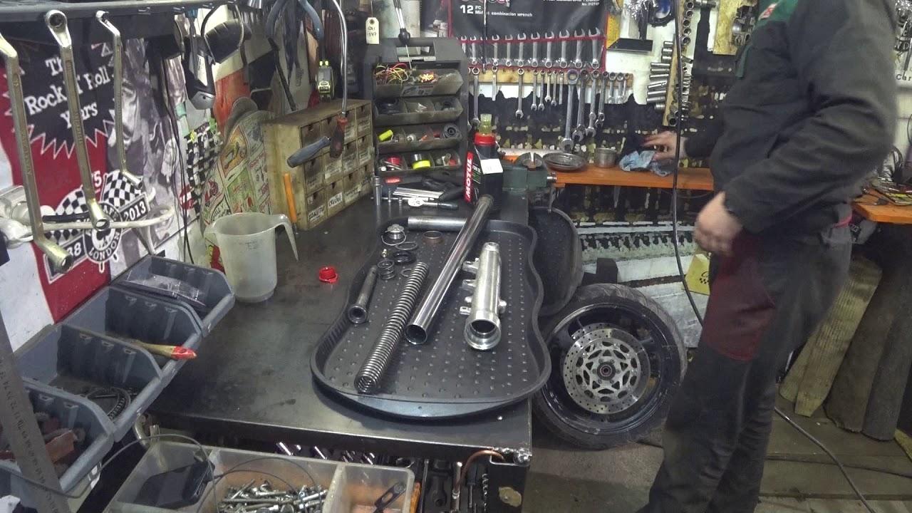 Седан nissan aprio это полная копия автомобиля рено логан первого поколения. Данная модель собирается и реализуется в мексике, где компания.