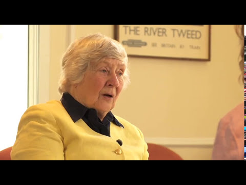 Shirley WILLIAMS with Lucette Verboven