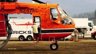 Firefighting Helicopters in Eastern Washington (Sikorsky S-64 Skycrane, Blackhawk)