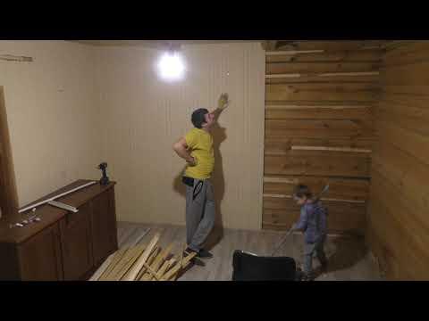 Утепляем деревянный домик изнутри каменной ватой с детишками #1