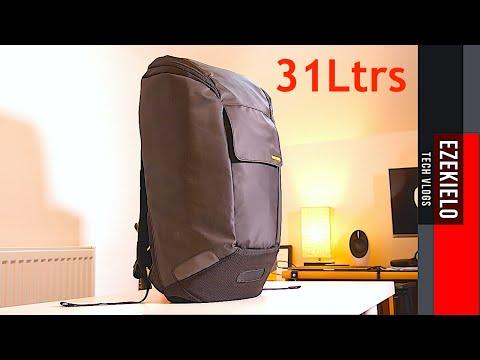 INCASE Minimalist Multipurpose Large Backpack