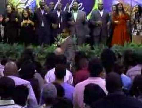 Hezekiah Walker @ Bishop Bloomer's Church - Faithful pt1