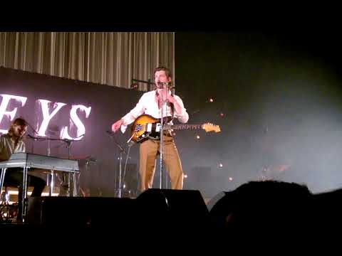 Knee Socks (Full) - Arctic Monkeys - Live Zenith Paris - May 29th, 2018