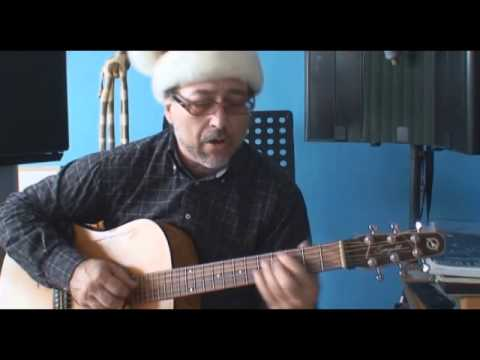 It's never too early for some good Christmas songs (Lyrics/Chords CC) by Franco Tenelli