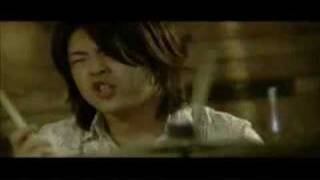 Video clip of THE LOCAL ART. Co-staring is Shinji Yamashita. Hits a...