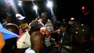 Butlers Village string-band.