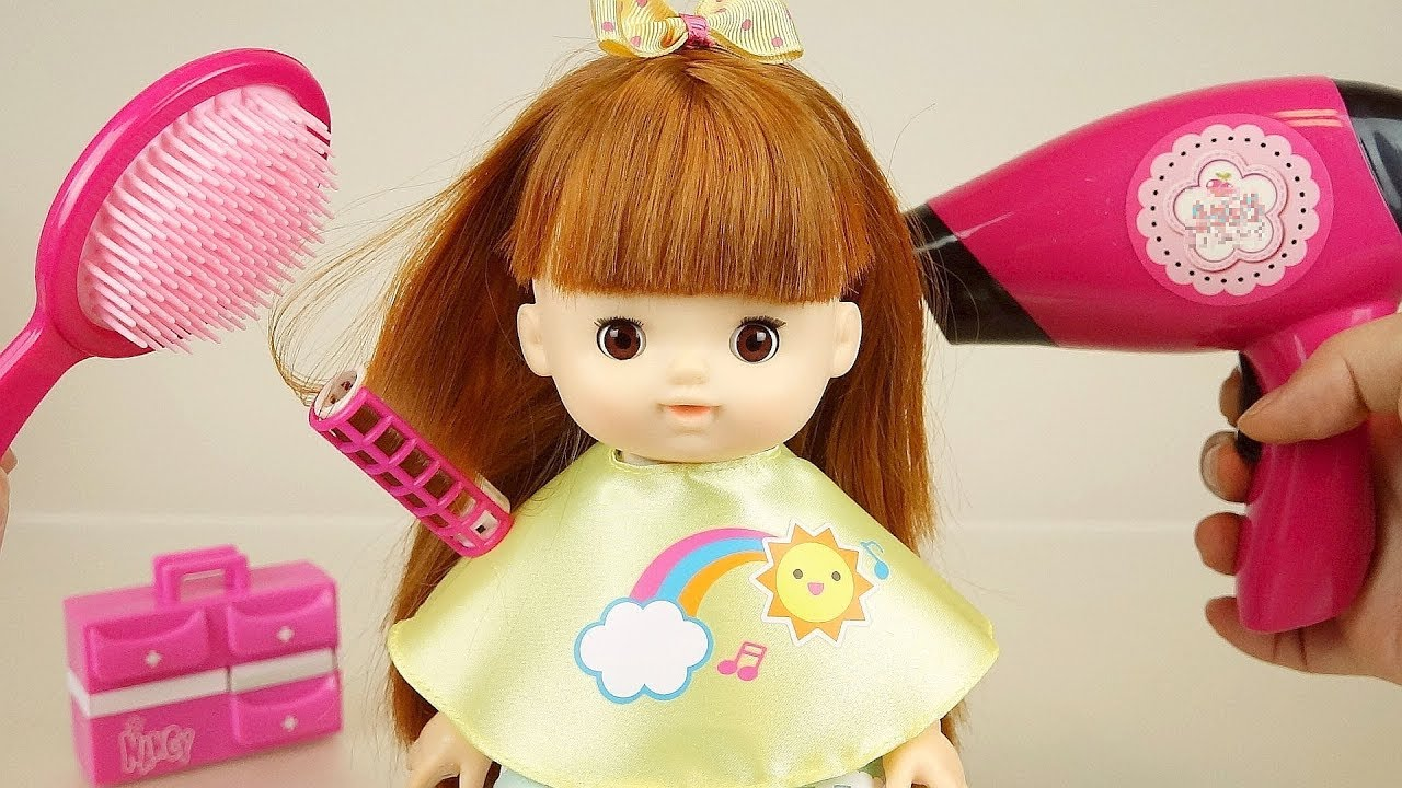 Baby doll hair shop and beauty shop play baby Doli house