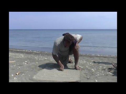 Sand-drawing / Sandroing  (Dixon Reef, Malakula, Vanuatu)