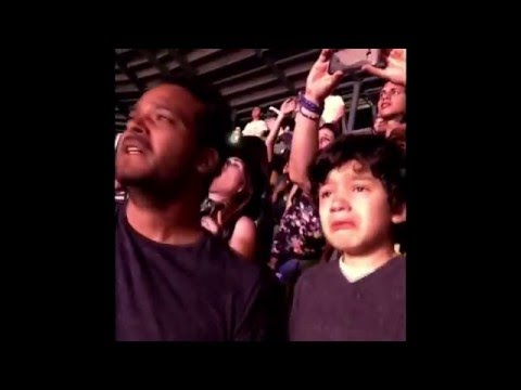 Dad Takes His Autistic Child To See Favorite Band, Coldplay, Live - Very Touching