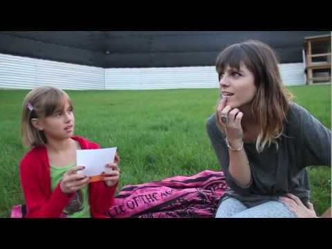 Kids Interview Bands - Melody's Echo Chamber Mp3