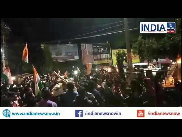 भागलपुर: घंटाघर चौक के पास पंजवारा में मारे गए शहिद जवानों को केंडल जलाकर शहरवासियों ने दी श्रन्दाजल