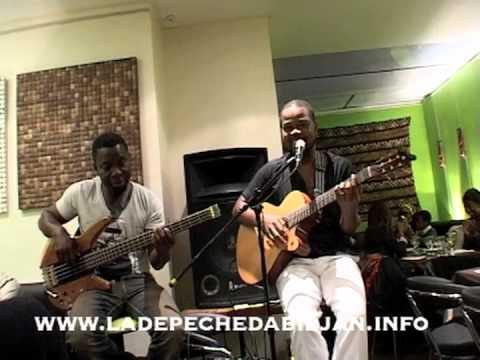 David Tayorault - Live acoustique à Paris, le 8 juillet 2012 (Extrait)