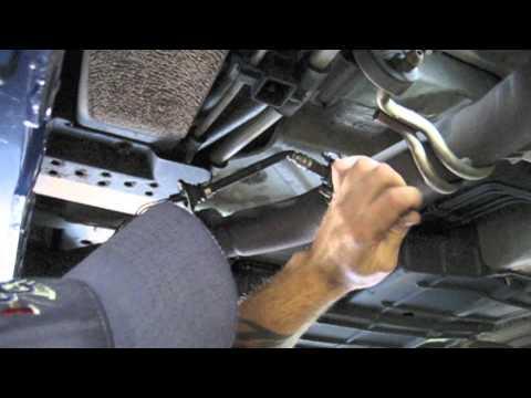 Oxygen Sensor Bank 1 Sensor 2 Removal and Instal 2001-2003 Toyota Sienna