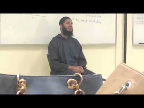 Mufti Kamani delivering an advice to the teachers of Islamic School of Irving