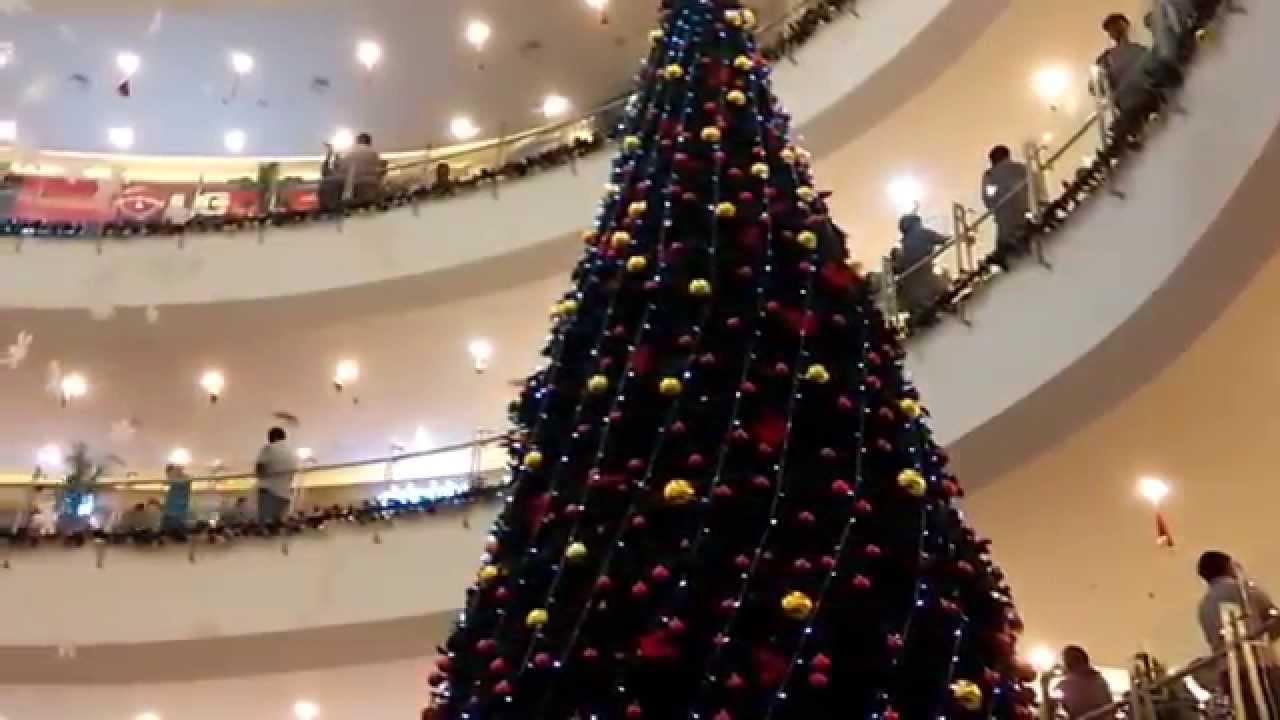 christmas tree in sujana forum mall hyderabad - Christmas Forum