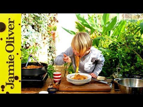 Spaghetti Bolognese   Buddy Oliver   5 of 5 #kitchenbuddies