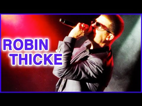 Robin Thicke At Universal Studios Orlando 2014