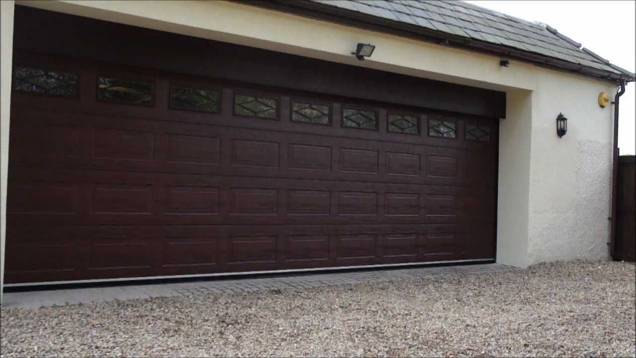Teckentrup super size garage door youtube teckentrup super size garage door rubansaba