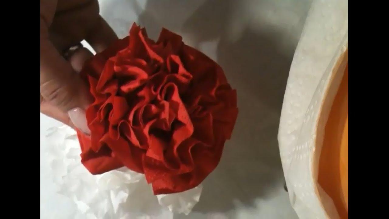 tischdekoration aus servietten papier rose basteln anleitung rose aus papier machen youtube. Black Bedroom Furniture Sets. Home Design Ideas