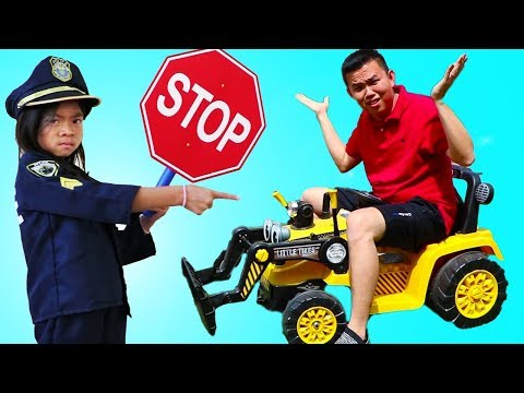 Emma Pretend Play as Police Stops Speed Car Racing and Littering Ice Cream Toys