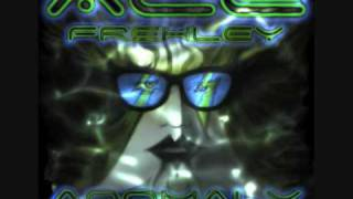 Watch Ace Frehley The Return Of Space Bear video