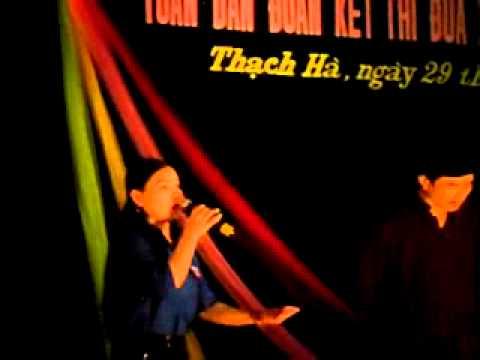 Thach Ha thi Nong thon moi