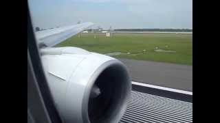 Boeing 777 ph-bqe KLM 597 Kaapstad Take off engine sound.wmv