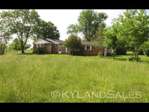 2.65 ac brick ranch, garage, basement for sale on Fork Church Rd Lancaster, KY