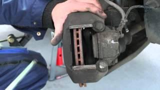 Changer des plaquettes de frein - Conseil mécanique