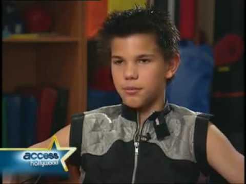 Taylor Lautner Interview for Sharkboy & Lavagirl - YouTube