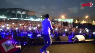 هشام الجخ يفاجئ جمهور حماقي في حفل الحديقة الصينية بـ«التأشيرة» (اتفرج)