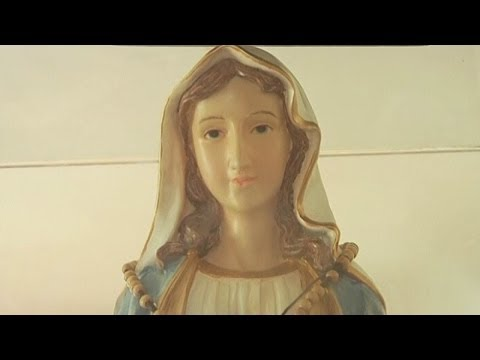 Weeping Virgin Mary statue in Israel attracts Christian believers