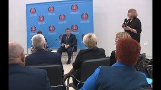 Губернатор Андрей Бочаров поддержал инициативу общественников о референдуме по смене часового пояса