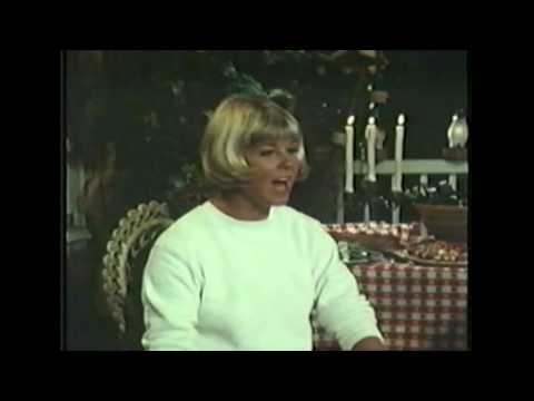 Doris Day - Glass Bottom Boat - Live!
