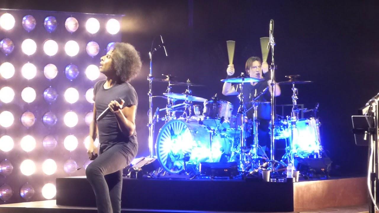 Download Alice in Chains (Them Bones & Dam That River) Queen Elizabeth Theatre, Van. BC.