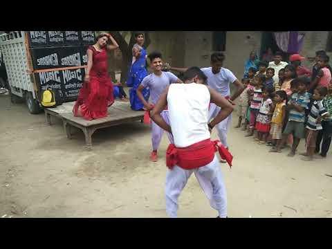 धारावेला थरेसर गाने पर फारूवाही डांस विडियो पब्लिक हुई दीवानी -samar singh
