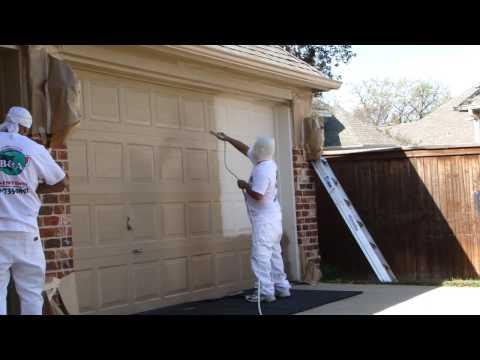 garage-door-spray-painting-|-dallas-ft.-worth-|-exterior-home-painters-|-restoration