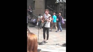 Matt Comely, Glasgow city busker.
