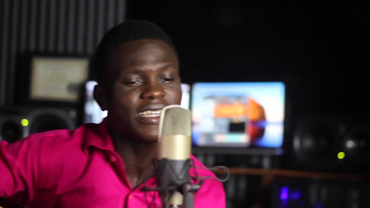 #LivePerformance: F-Clef [@FemiClef] performs DESTINED TO FLY on PG Sessions [@PromoteGospelTV]