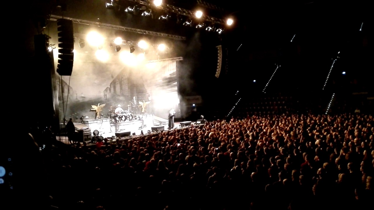 powerwolf amen and attack mhp arena ludwigsburg 2017. Black Bedroom Furniture Sets. Home Design Ideas