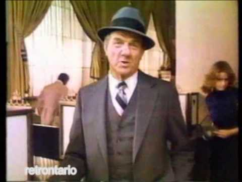 Barry Morse Vs. Karl Malden American Express 1985